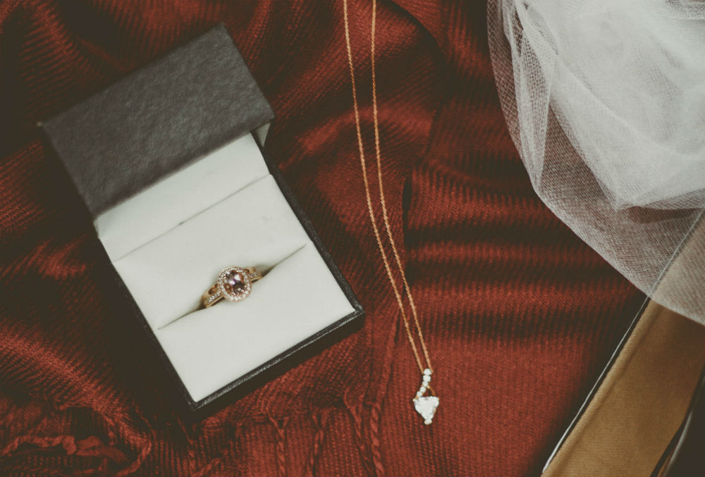 Roberto Coin: Handmade Gold Jewelry with Timeless Craftsmanship