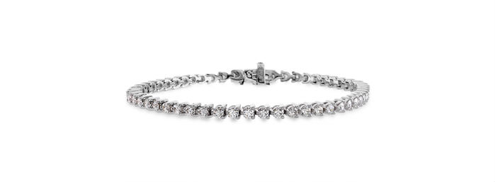 Hearts on Fire Temptation three-prong bracelet