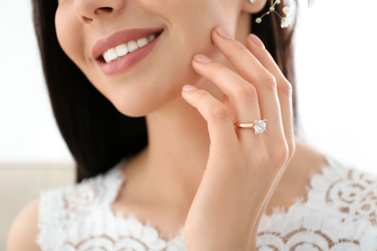 Less is More: Minimalist Engagement Ring Styles
